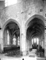 Eglise Saint-Gervais-Saint-Protais - Déambulatoire, au nord