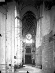 Eglise Saint-Gervais-Saint-Protais - Bras nord du transept