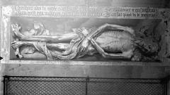 Eglise Saint-Gervais-Saint-Protais - Monument funéraire : transi