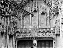 Eglise Saint-Gervais-Saint-Protais - Portail nord, tympan