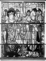 Eglise Saint-Godard - Vitrail, baie 5, dessus de porte, deux saints
