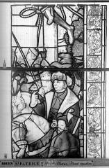 Eglise Saint-Patrice - Vitrail, fenêtre au fond du choeur, la Crucifixion, lancette de droite, quatrième panneau