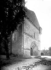 Eglise Saint-Pierre-ès-Liens - Angle nord-ouest
