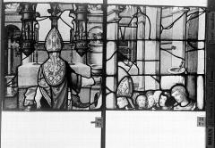 Eglise Saint-Godard - Vitrail, baie 17, Vie de saint Romain, seizième panneau, en haut