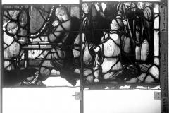 Eglise Saint-Godard - Vitrail, baie 17, Vie de saint Romain, vingtième panneau, en haut