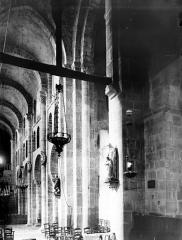 Eglise Notre-Dame - Nef: travées