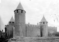 Cité de Carcassonnne - Courtines et tours
