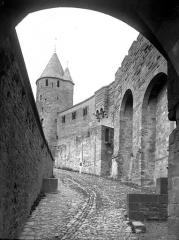 Cité de Carcassonne - Remparts: route de ronde