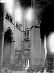 Cathédrale Notre-Dame - Intérieur: vue diagonale