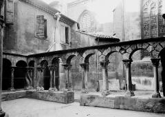 Cathédrale Saint-Sauveur - Cloître