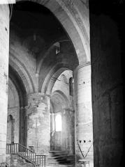Nécropole des Alyscamps - Eglise: nef