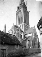 Eglise de Norrey-en-Bessin - Côté nord-ouest et clocher