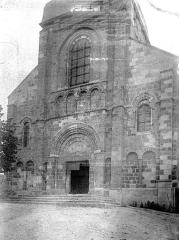 Eglise Saint-Genès (anciennement église prieurale Saint-Etienne) - Façade ouest