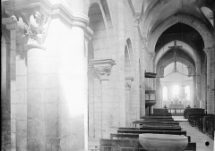 Eglise Saint-Florent - Nef vue de l'entrée
