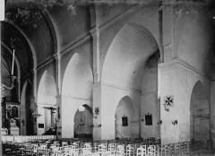 Eglise des Génovéfains - Nef: travées, et bas-côté sud