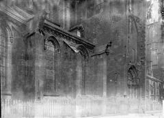 Eglise (collégiale) Notre-Dame - Façade latérale: partie