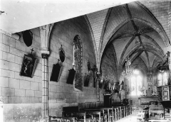 Eglise Saint-Quentin - Nef vue de l'entrée
