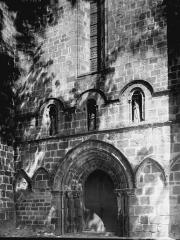 Eglise Saint-Pierre et Saint-Pardoux - Façade ouest