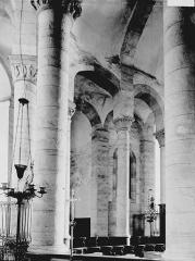 Eglise Saint-Pierre - Déambulatoire