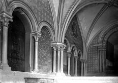 Cathédrale Saint-Jean et Saint-Etienne - Passage conduisant à l'évêché