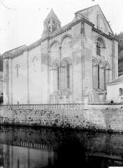 Ancienne abbaye - Eglise Saint-Pierre-et-Saint-Sicaire : Ensemble sud-est
