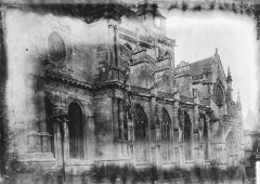Eglise Saint-Gervais-Saint-Protais - Façade latérale