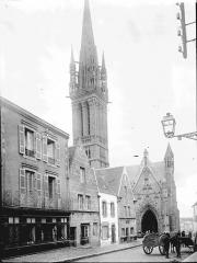 Eglise Notre-Dame du Creisker ou Kreisker - Porche et clocher