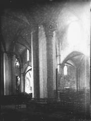 Eglise Saint-Gilles - Eglise refaite: intérieur