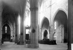 Eglise Saint-Paul - Nef: vue diagonale
