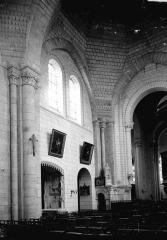 Ancienne collégiale Saint-Ours - Intérieur