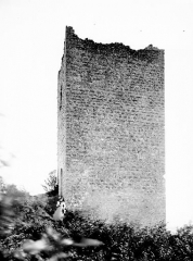 Château de Clermont - Ruines du donjon