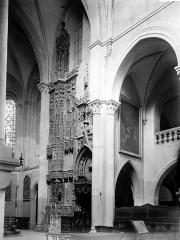 Cathédrale Notre-Dame - Monument funéraire des évêques