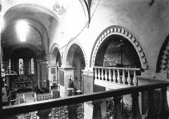 Eglise Saint-Pierre - Nef et choeur vus de la tribune