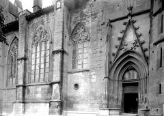 Ancienne abbaye, actuellement hôtel de ville - Façade latérale, partie