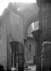Eglise Saint-André-le-Bas - Arc architectural