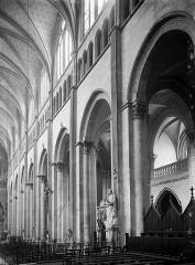Eglise Saint-Maurice, anciennement cathédrale - Nef