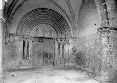 Eglise Notre-Dame des Ardents ou Saint-Christophe - Portail sous le porche