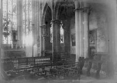 Ancien prieuré Saint-Martin d'Ambierle - Choeur et bas-côté