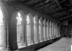 Couvent des Cordeliers  (également sur commune de Charlieu) - Galerie du cloître