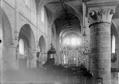 Eglise Notre-Dame - Nef vue de l'entrée