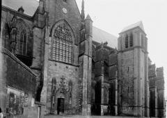 Basilique Notre-Dame - Façade latérale