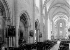 Eglise Saint-Liphard - Nef vue de l'entrée