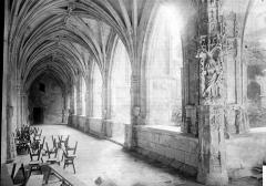 Cathédrale Saint-Etienne - Galerie du cloître