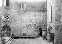 Eglise Saint-Sauveur et crypte Saint-Amadour - Portails et rosace