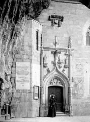 Eglise Saint-Sauveur et crypte Saint-Amadour - Portail