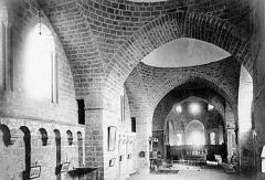 Eglise Saint-Pierre - Nef et coupoles