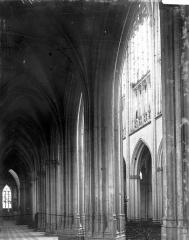 Ancien prieuré Saint-Martin d'Ambierle - Bas-côté