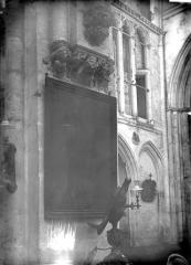 Abbaye bénédictine Notre-Dame d'Evron devenue Couvent de la Charité d'Evron - Transept