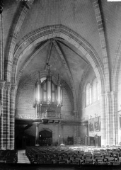 Eglise Notre-Dame d'Avesnière - Nef vue du choeur
