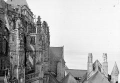 Eglise paroissiale - Arcs-Boutants de l'abside